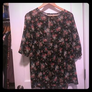 Floral babydoll sheer top with open back size M